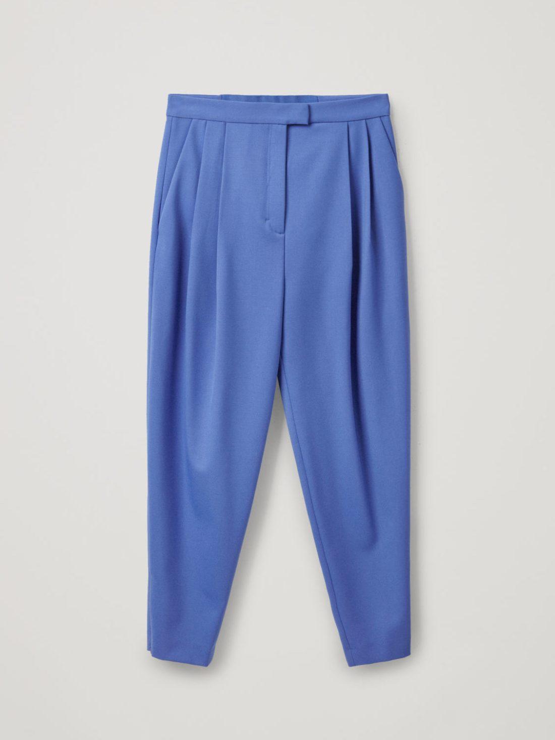 pantalones de pinzas de cos
