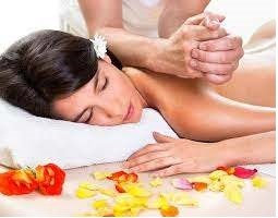 Le massage Balinais aux origines indiennes et chinoises