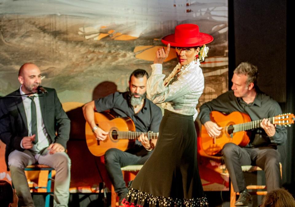 Tablao Flamenco: Laura la Risa & Manuel Reina