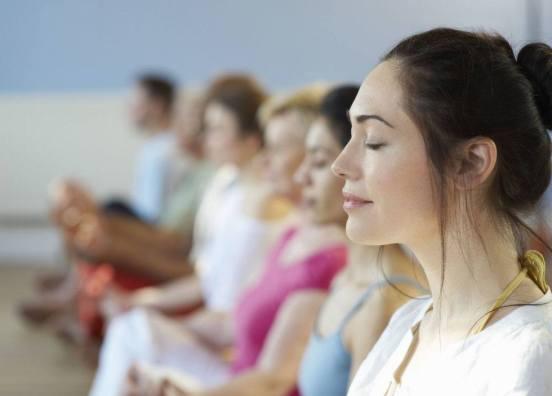 La Meditazione Mindfulness ricorda di vivere con consapevolezza, senza subire ansia e preoccupazioni, calati nell'unica vera realtà: il presente.