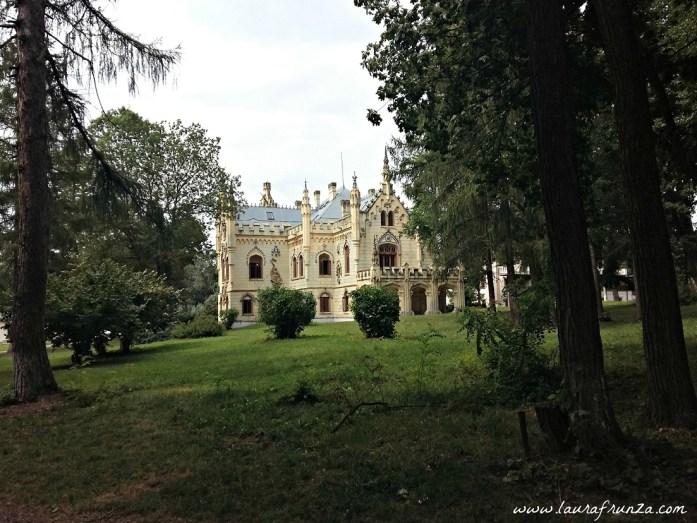 castelul-miclauseni