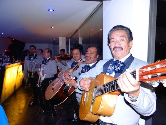 Y el mariachi.... La mejor fiesta de mi vida gracias a Cecy Galliano