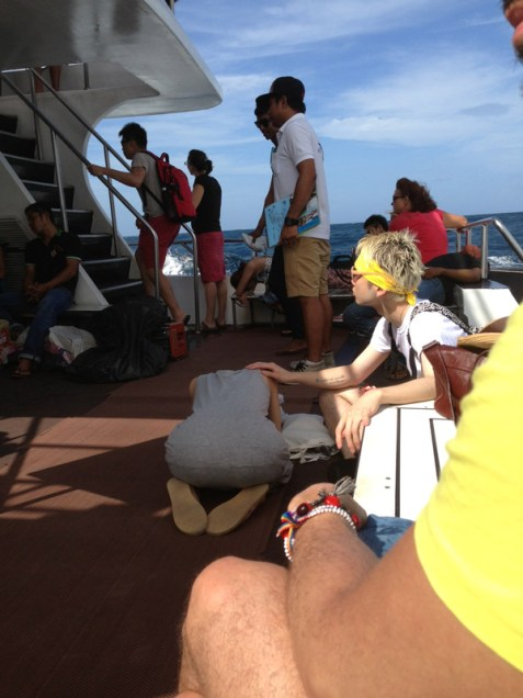 En ferry a Koh Phi Phi... Para muchos fue una pesadilla... No paraban de vomitar