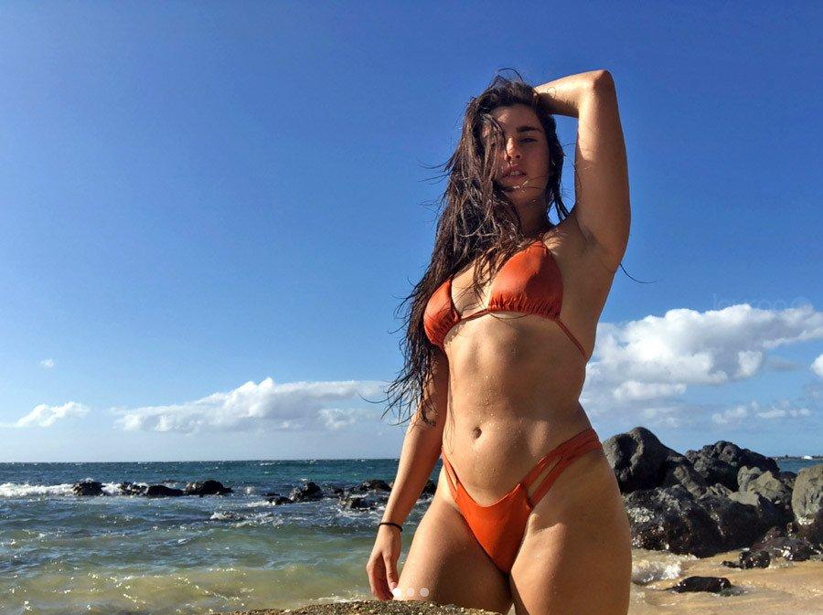 lauren jauregui bikini