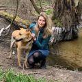 Modelo es atacada por su perro en Polonia