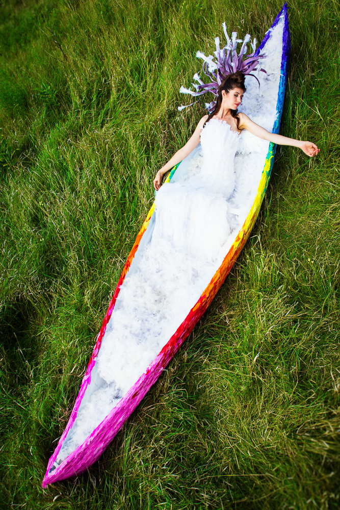 Laüra Hollick Rainbow Feather Canoe