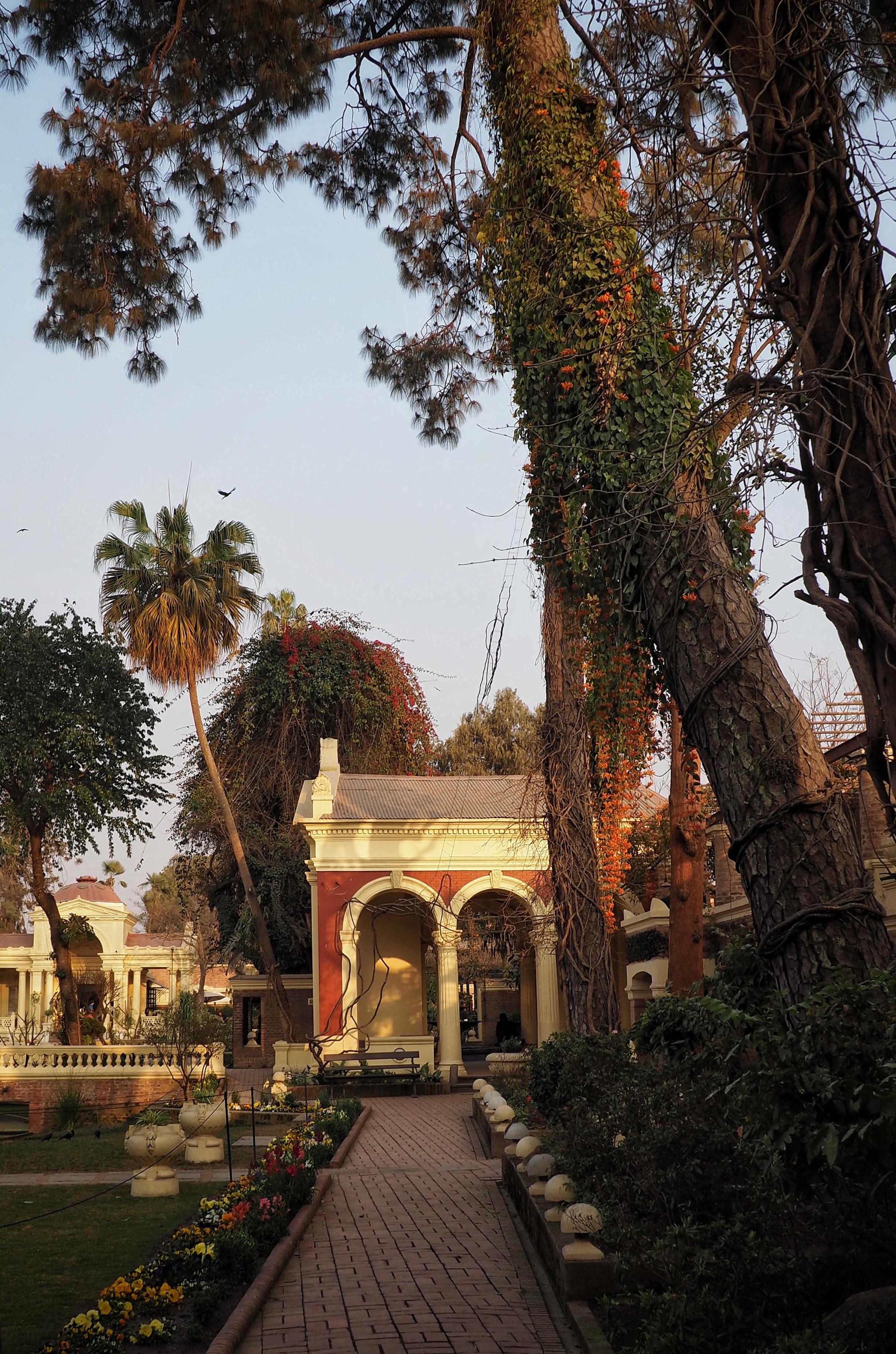 Garden of Dreams, Kathmandu, Plants