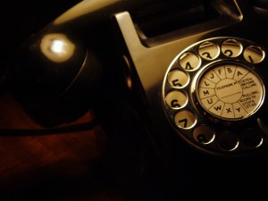 Picture of an old fashioned telephone