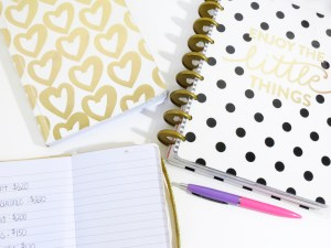 """Notebooks, pen and """"to do"""" list"""