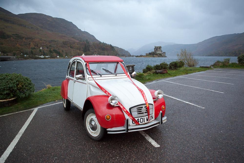 Citroen 2cv wedding car at isle of skye wedding