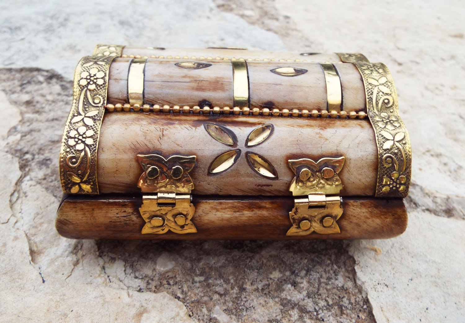 Antique Handmade Bone Carved Floral Motif Jewelry Box With Gift Box