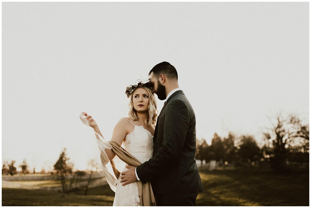 2d0d855ff7a67 Hannah + Brian // Christmas Cabin Wedding - Lauren F.otography ...