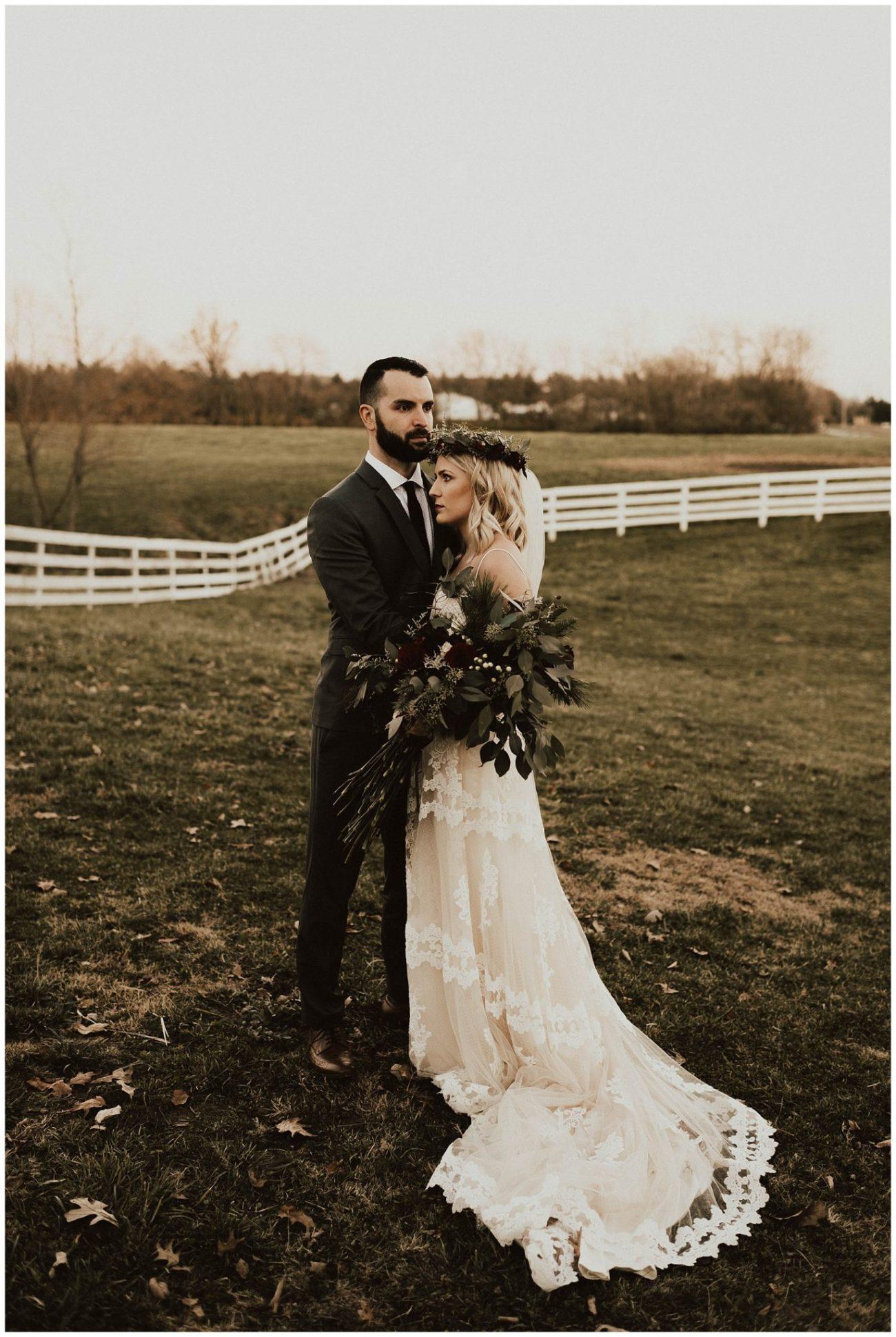 6a861c08c Hannah + Brian // Christmas Cabin Wedding - Lauren F.otography ...