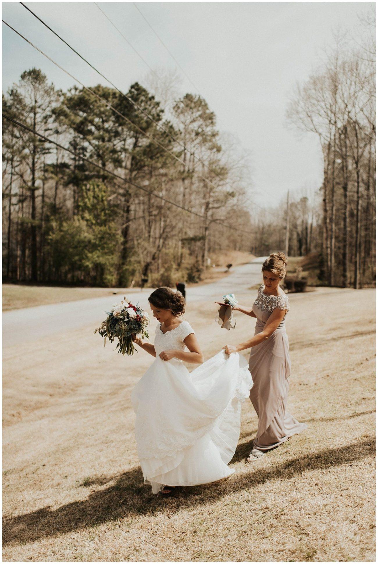bdba507a7 Derek + Naomi    Whimsical Georgia Wedding – Lauren F.otography