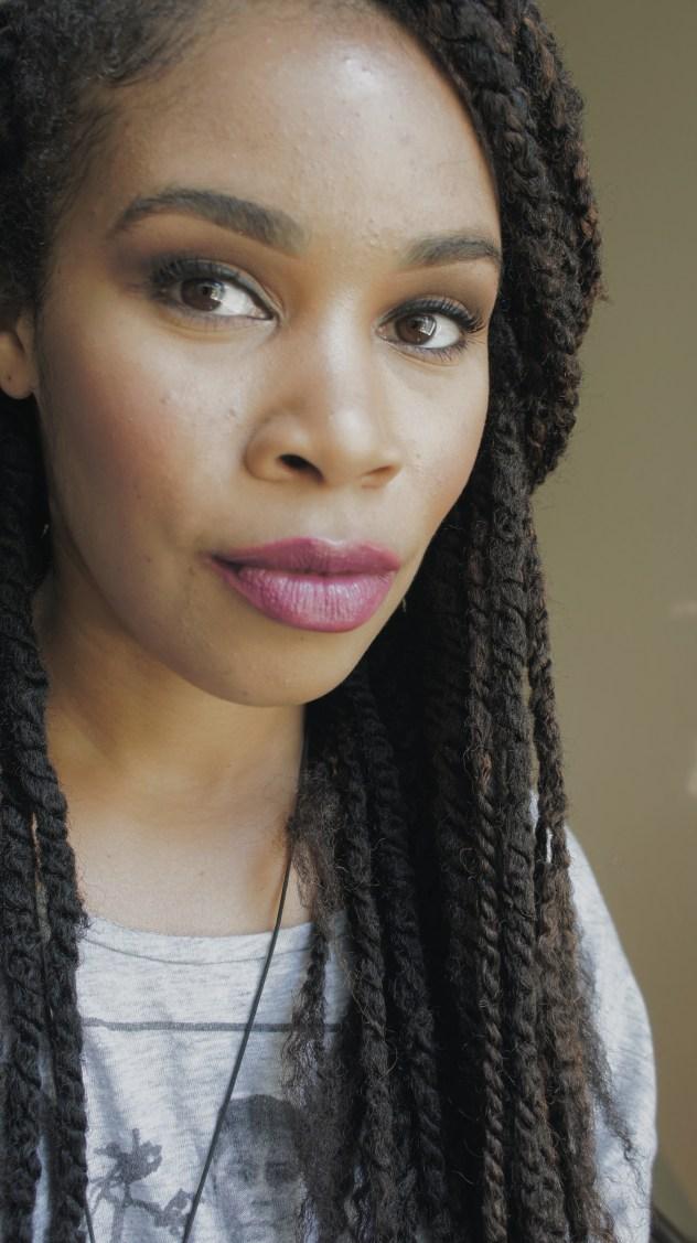 Iris Beilin mis amores lip palette by E.L.F. Cosmetics Lauren Koontz influencer