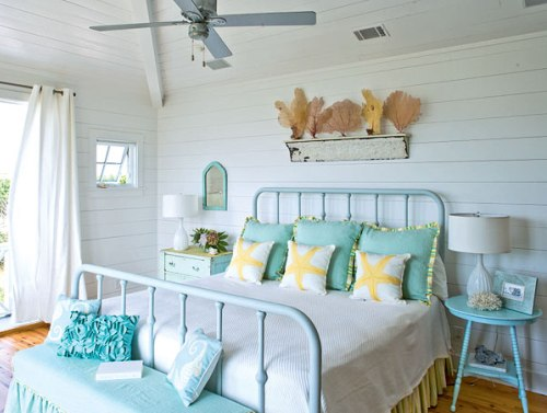 Things I Love: Beachy Bedrooms Guest Post!