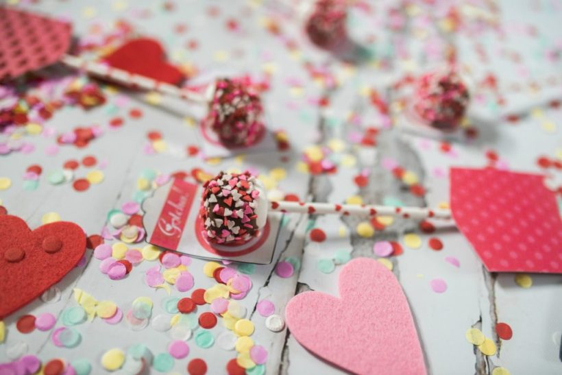 Chocolate Dipped Marshmallow Arrow Valentines for kids to make with friends