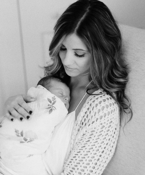 Mom + Baby // Tips For Successful Breastfeeding: As Told From a Former Exclusive Pumper