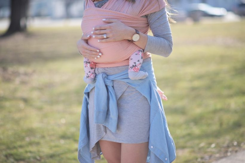 The best nursing friendly dresses for breastfeeding moms