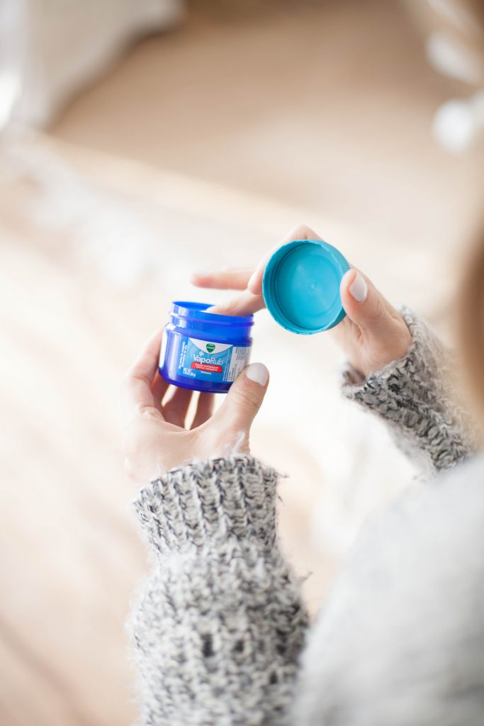 5 ways to beat the common cold, including Vicks VapoRub as treatment