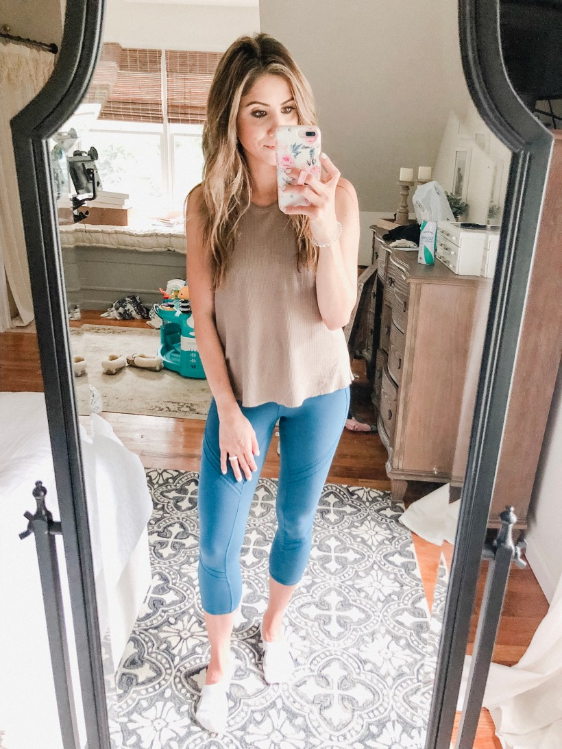 Connecticut life and style blogger Lauren McBride shares her September Amazon Try-on, featuring items under $50 that can be found on Amazon.