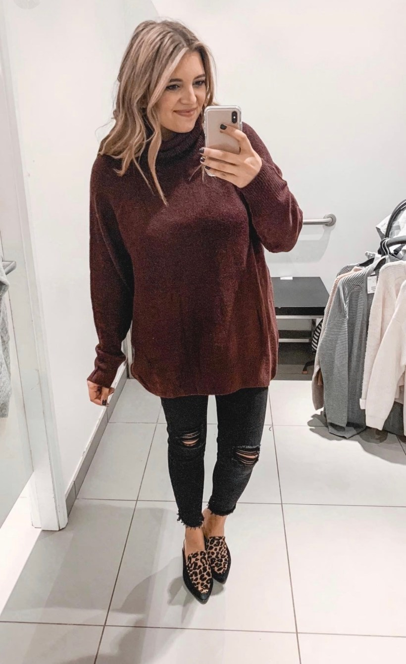 Connecticut life and style blogger Lauren McBride shares a Fall H&M try on session featuring cozy sweaters and scarves for under $35.
