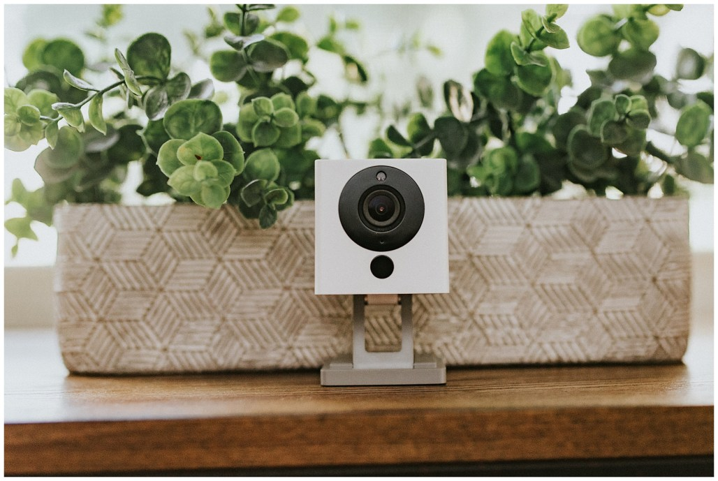 Creators of Wyze Cam, Wyze Cam Pan, Wyze Sense, Wyze Bulb, and Wyze Plug, Commerical Photographer, Seattle Photographer, Lauren Ryan Photography, Wyze, WYZE CAM, Home Security, technology products, light bulbs, home depot, best buy