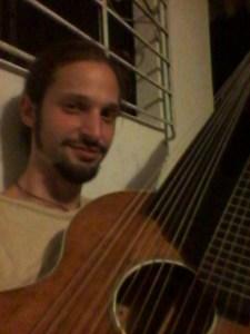 Kontra-Gitarre (Nacht)