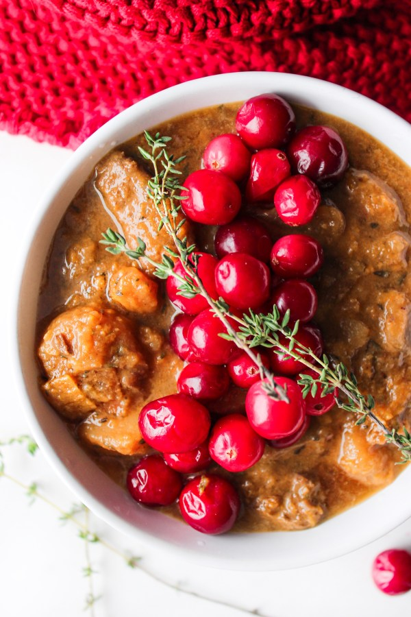 SWEET POTATO CRANBERRY APPLE BEEF STEW