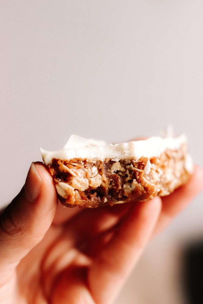Healthy No Bake Pumpkin Oat Bars With White Chocolate