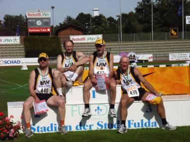 Nach der Siegerehrung v.l.n.r.: Jürgen Umann, Joachim Hickisch, Helmut Meier und Hans-Georg Müller