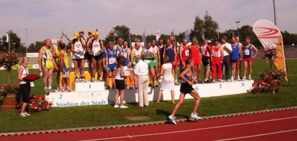 Siegerehrung 4x100m Staffel M50/55 am 14. Juli 2007 in Fulda
