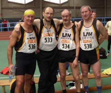 Diesmal ohne Medaille: M50 4x200m Staffel v.l.n.r. H.G.Müller, J.Hickisch, H.Meier und J.Umann