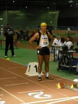 Hans-Georg Müller vor dem 400m Start