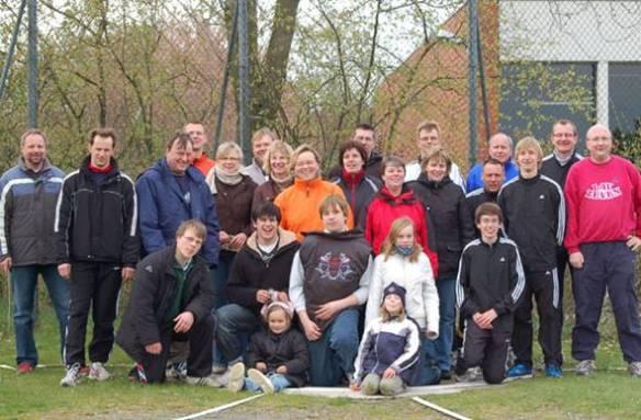 Die Teilnehmenden aus Zeven hatten auch auf dem 17. Rasenkraftsportfest des TuS Zeven ihren Spaß.