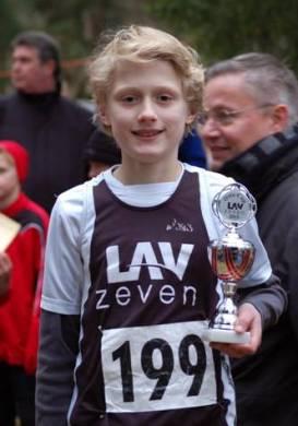 Jannes Corleis (LAV Zeven) sicherte sich ebenfalls souverän den Sieg im Oste-Cup.