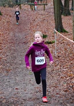 Zi04: Lara Fitschen gewann den Lauf der Kinder W10.