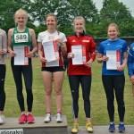 Siegerehrung Speerwurf der WJ U18 mit der Siegerin Kea Stieglitz (HNT Hamburg, 44,39m).