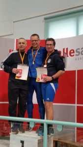 Siegerehrung 60m mit Czeslaw Pradzynski (li.).