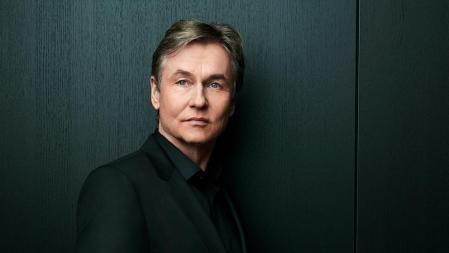 Finnish conductor and composer Esa Pekka-Salonen