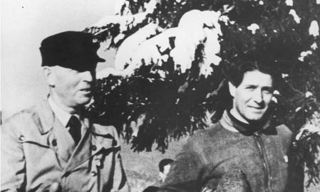 Antonescu, a la izquierda, junto a Corneliu Zelea Codreanu,