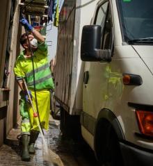 Barcelona gasta 360 millones al año en limpiar calles y el tratamiento de residuos