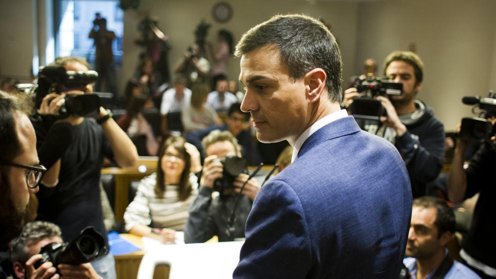 Pedro Sánchez anuncia que el PSOE celebrará primarias y piensa presentarse