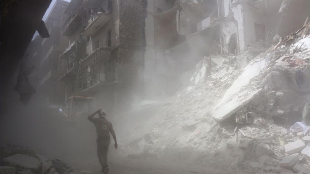 Vuelven los combates a Alepo mientras la ONU estudia suministrar ayuda por aire a la población sitiada