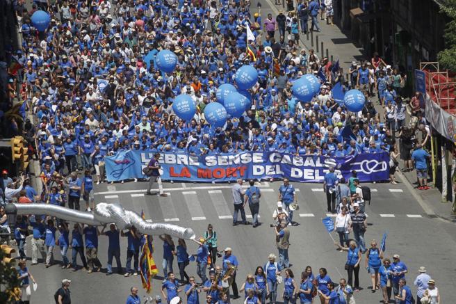La Plataforma en Defensa del Ebro ha convocado hoy en Barcelona una manifestación contra el Plan Hidrológico de la Cuenca del Ebro