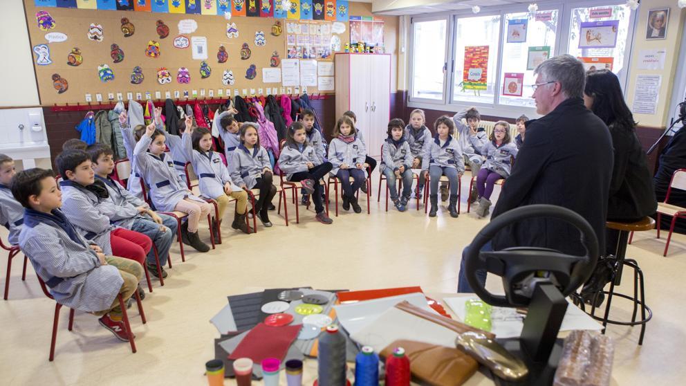 Los transexuales podrán elegir nombre, vestuario y baño en los colegios públicos valencianos