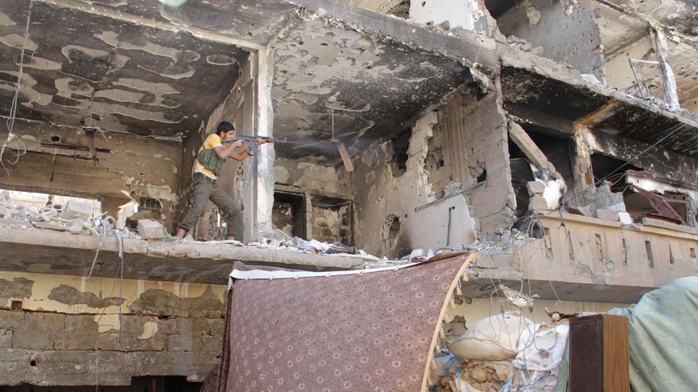Estado Islámico lanza una gran ofensiva contra El Asad en Deir Ezzor