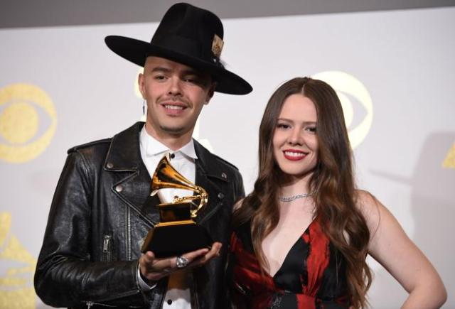Jesse & Joy, con su Grammy de mejor disco de Pop Latino