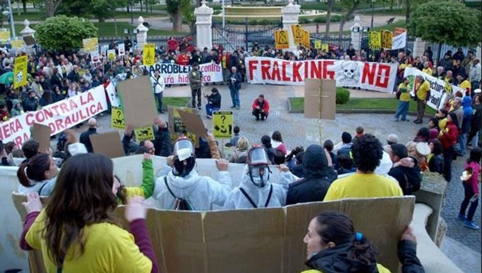 El Congreso reclama al Gobierno que prohiba el fracking en toda España