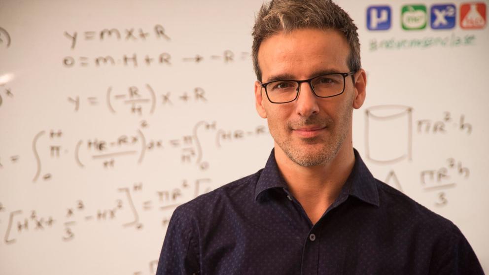 Un profesor español, entre los diez que se disputan el Nobel de los maestros